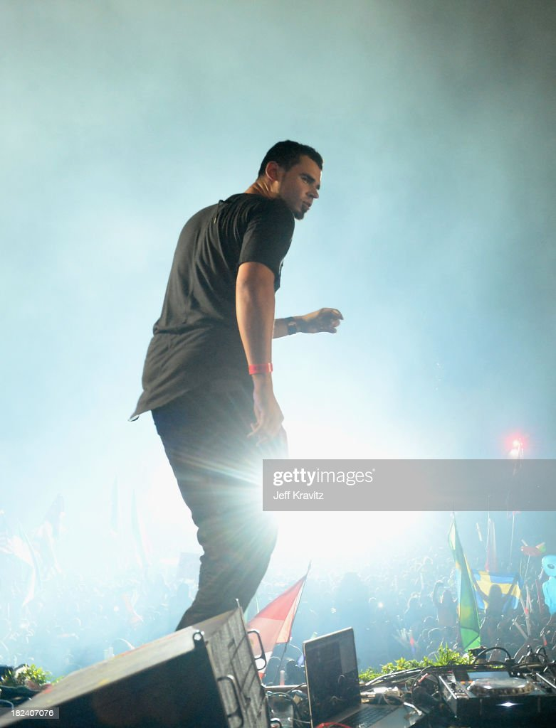Afrojack onstage at TomorrowWorld Electronic Music Festival on September 28, 2013 in Chattahoochee Hills, Georgia.
