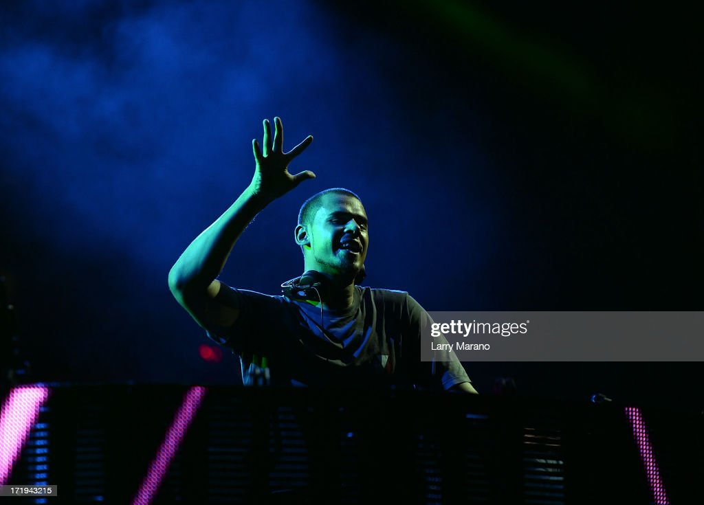 Afrojack performs live at the iHeartRadio Ultimate Pool Party Presented by VISIT FLORIDA at Fontainebleau's BleauLive in Miami on June 29, 2013 in Miami Beach, Florida.
