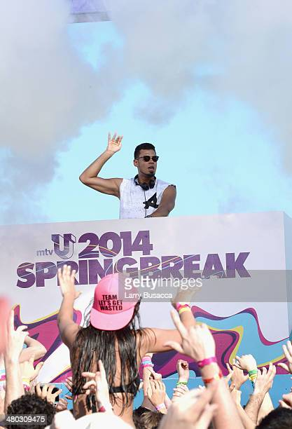 Afrojack spins at mtvU Spring Break 2014 at the Grand Oasis Hotel on March 20 2014 in Cancun Mexico 'mtvU Spring Break' starts airing March 31st on...