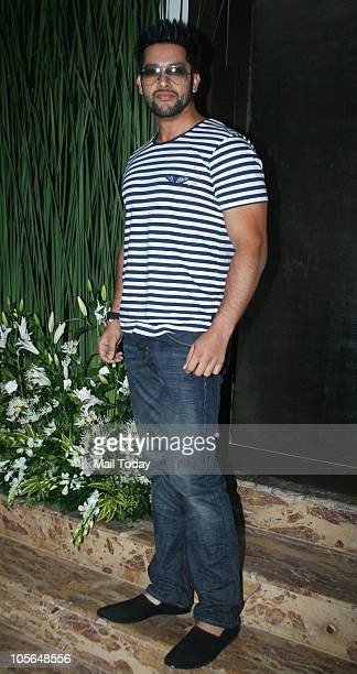 Aftab Shivdasani at Farah Khan Ali's jewellery store launch in Mumbai on October 15 2010