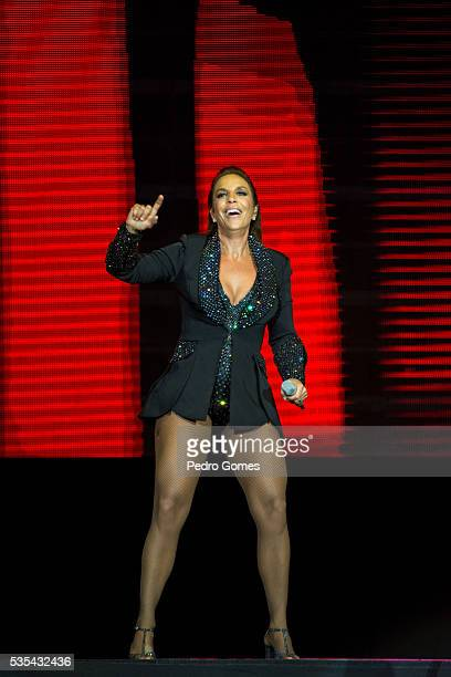 After a cancellation by Ariana Grande brazilian singer Ivete Sangalo performs for the second time on Mundo stage at Rock in Rio on May 29 2016 in...