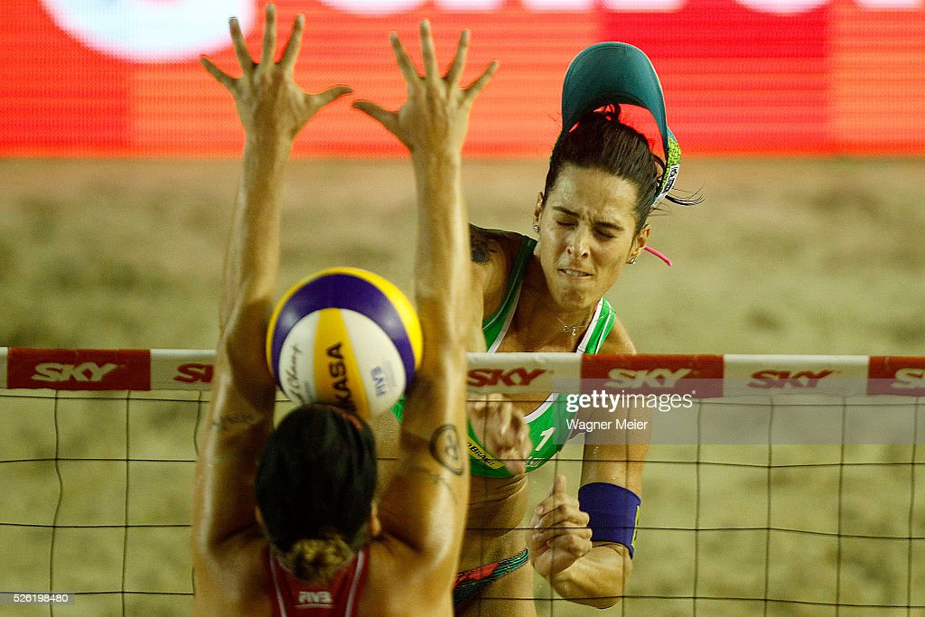 Agatha Bednarczuk of Brazil in action during main draw match against United States during the FIVB Fortaleza Open on Futuro Beach on April 29, 2016 in Fortaleza, Brazil.
