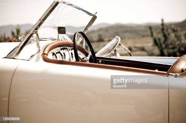Effetto invecchiato foto di un'auto sportiva vintage