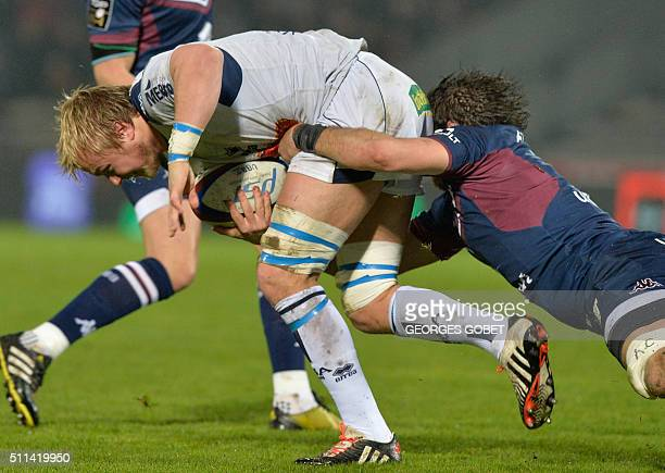 Agen's Welsh flanker Luke Hamilton runs the the ball during the French Top 14 rugby union match between Union BordeauxBegles and SU Agen at...