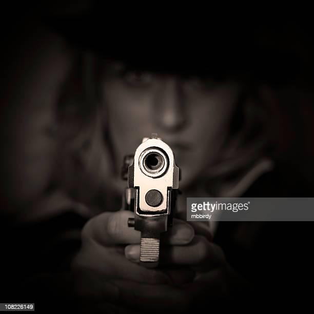 Agent in dark