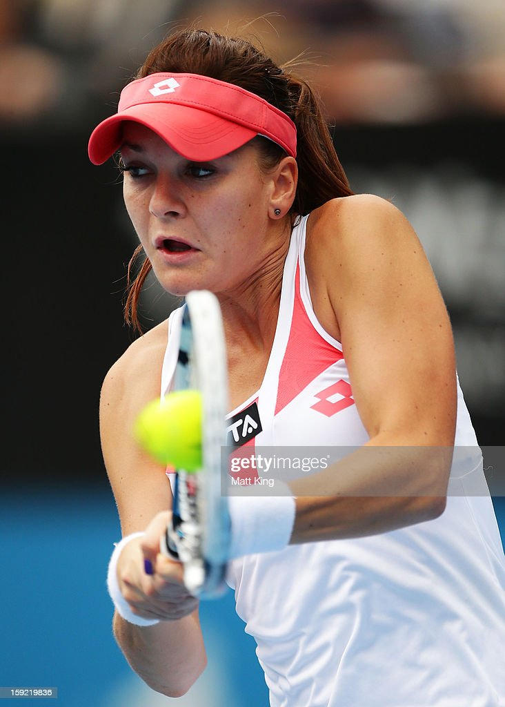 <a gi-track='captionPersonalityLinkClicked' href=/galleries/search?phrase=Agnieszka+Radwanska&family=editorial&specificpeople=579516 ng-click='$event.stopPropagation()'>Agnieszka Radwanska</a> of Poland plays a backhand in her semi final match against Na Li of China during day five of the Sydney International at Sydney Olympic Park Tennis Centre on January 10, 2013 in Sydney, Australia.