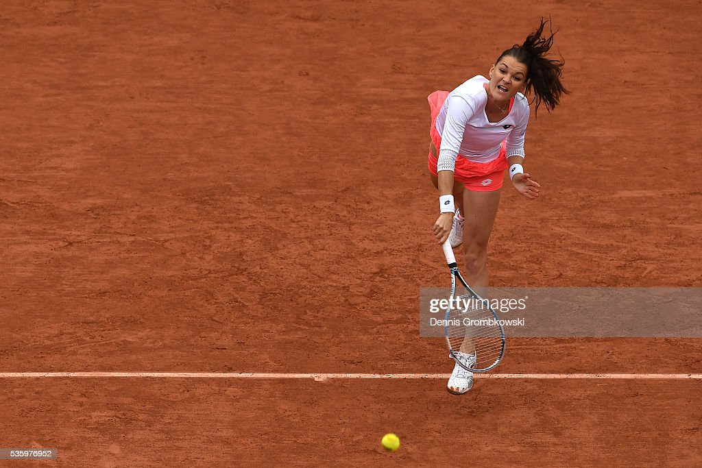 <a gi-track='captionPersonalityLinkClicked' href=/galleries/search?phrase=Agnieszka+Radwanska&family=editorial&specificpeople=579516 ng-click='$event.stopPropagation()'>Agnieszka Radwanska</a> of Poland serves during the Ladies Singles fourth round match against Tsvetana Pironkova of Bulgaria on day ten of the 2016 French Open at Roland Garros on May 31, 2016 in Paris, France.