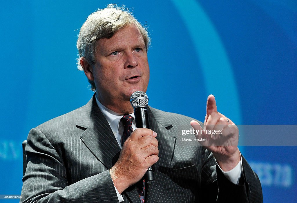 Agriculture Secretary <a gi-track='captionPersonalityLinkClicked' href=/galleries/search?phrase=Tom+Vilsack&family=editorial&specificpeople=681029 ng-click='$event.stopPropagation()'>Tom Vilsack</a> speaks at the National Clean Energy Summit 7.0 at the Mandalay Bay Convention Center on September 4, 2014 in Las Vegas, Nevada.