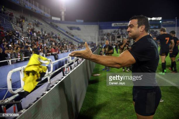 Agustin Creevy of Jaguares throws a Tshirt to fans at the end of a match between Jaguares v Sunwolves as part of Super Rugby Rd 11 at Jose Amalfitani...
