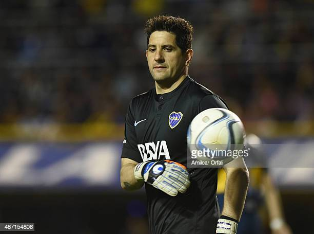 Agustin Orion goalkeeper of Boca Juniors looks on during a match between Boca Juniors and San Lorenzo as part of 23rd round of Torneo Primera...