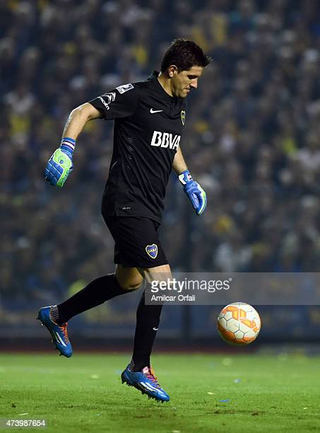Agustin Orion of Boca Juniors kicks the ball during a second leg match between Boca Juniors and River Plate as part of round of sixteen of Copa...