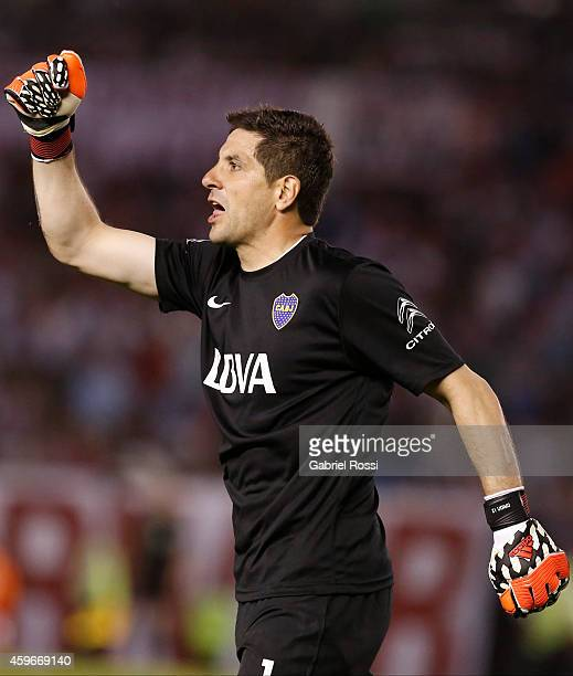 Agustín Orion goalkeeper of Boca Juniors gestures during a second leg semifinal match between River Plate and Boca Juniors as part of Copa Total...