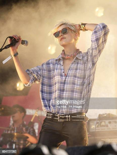 Agyness Deyn of the Five O'Clock Heroes performs at T4 On The Beach in WestonSuperMare Somerset