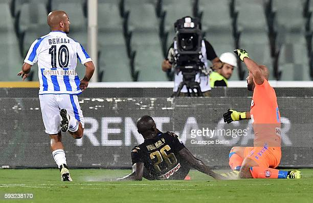 Ahmad Benali of Pescara Calcio scores the opening goal during the Serie A match between Pescara Calcio and SSC Napoli at Adriatico Stadium on August...