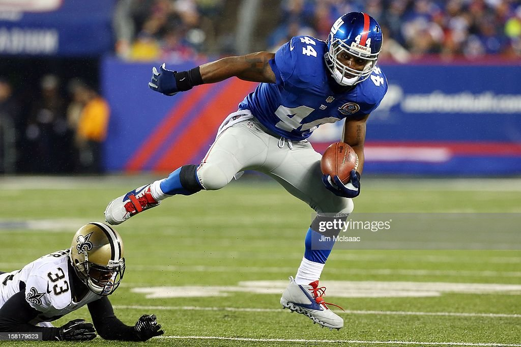 Ahmad Bradshaw #44 of the New York Giants in action against the New Orleans Saints at MetLife Stadium on December 9, 2012 in East Rutherford, New Jersey. The Giants defeated the Saints 52-27.