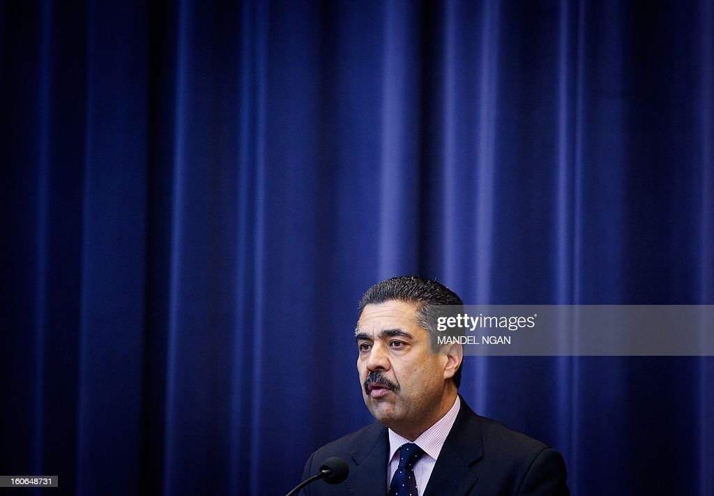 Ahmad Sarmast, founder of the Afghan National Institute of Music, speaks before a performance by students of the institute in the Dean Aceson Auditorium on February 4, 2013 in Washington, DC. The performance kicks of a three-city tour of the US. AFP PHOTO/Mandel NGAN