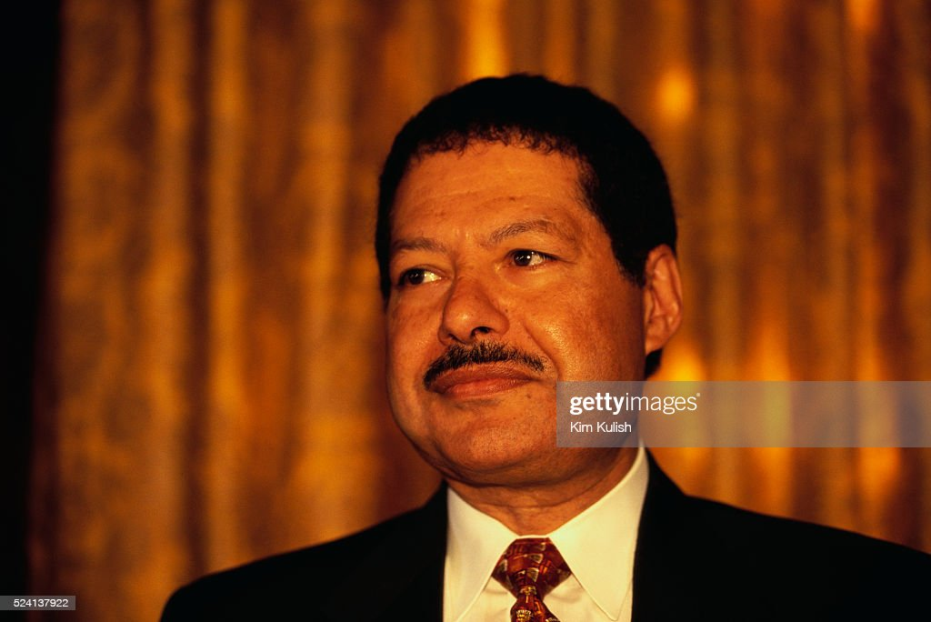 Writing about ahmed zewail nobel