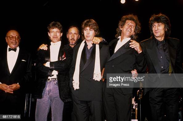 Ahmet Ertegun Mick Jagger Pete Townshend Mick Taylor Keith Richards and Ronnie Wood attend the 1989 Rock n Roll Hall of Fame Induction Ceremony circa...