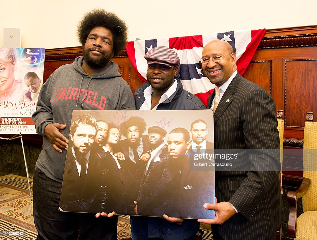 Ahmir 'Questlove' Thompson, Tariq '<a gi-track='captionPersonalityLinkClicked' href=/galleries/search?phrase=Black+Thought&family=editorial&specificpeople=228555 ng-click='$event.stopPropagation()'>Black Thought</a>' Trotter of the Roots and Mayor <a gi-track='captionPersonalityLinkClicked' href=/galleries/search?phrase=Michael+Nutter&family=editorial&specificpeople=4695146 ng-click='$event.stopPropagation()'>Michael Nutter</a> attend the Wawa Welcome America! Concert Announcement at Philadelphia City Hall on April 12, 2011 in Philadelphia, Pennsylvania.