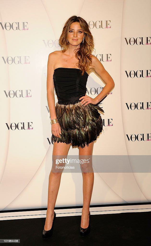 Aida Artiles arrives to the 'VII Vogue Joyas Awards' (VII Vogue Jewellery Awards) at the Madrid Stock Exchange Building on June 10, 2010 in Madrid, Spain.