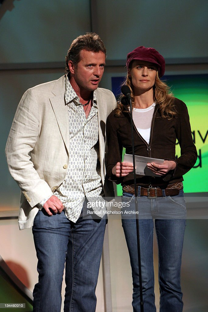 Aidan Quinn and Robin Wright Penn presenters of the John Cassavetes Award