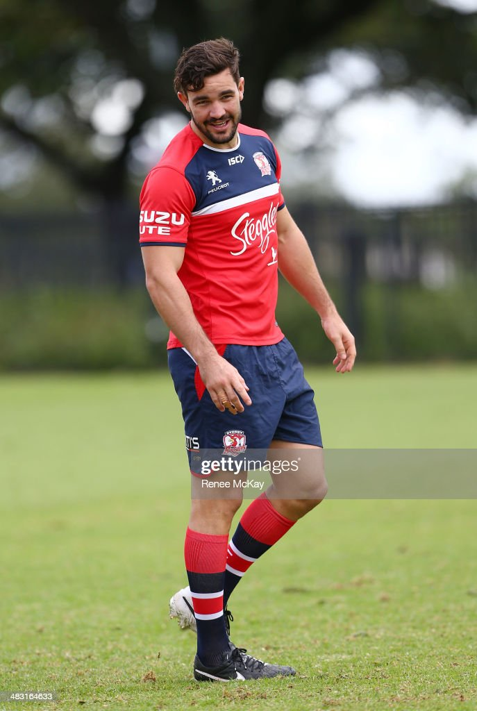 Aiden Guerra arrives for the Sydney Roosters NRL training session at Kippax Lake on April 7, 2014 in Sydney, Australia.