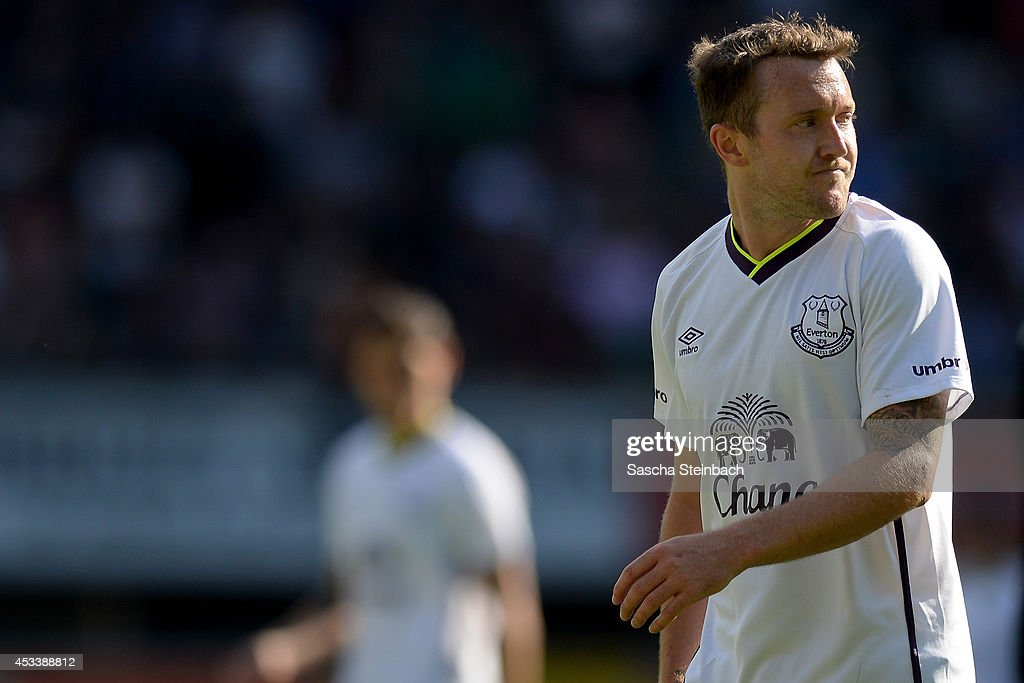 <a gi-track='captionPersonalityLinkClicked' href=/galleries/search?phrase=Aiden+McGeady&family=editorial&specificpeople=713430 ng-click='$event.stopPropagation()'>Aiden McGeady</a> of Everton reacts after losing the pre season friendly match against SC Paderborn at Benteler Arena on August 9, 2014 in Paderborn, Germany.