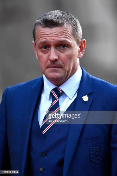 Aidy Boothroyd manager of England looks on during the UEFA European Under 21 Championship Qualifier between Andorra U21 and England U21 on October 10...