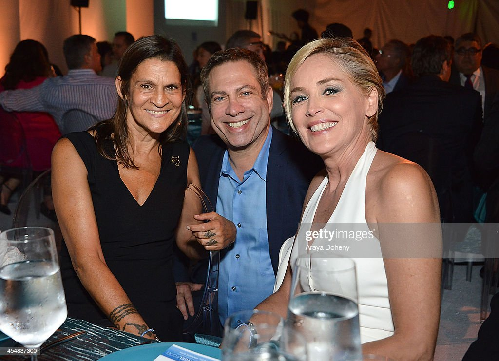 Aileen Getty David Kessler and Sharon Stone attend the Project Angel Food's 25th Anniversary Angel Awards 2014 honoring Aileen Getty with the...