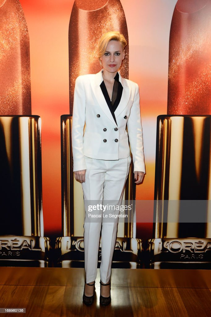 Aimee Mullins attends the L'Or Sunset Showcase with Micky Green for L'Oreal during The 66th Annual Cannes Film Festival on May 17, 2013 in Cannes, France.