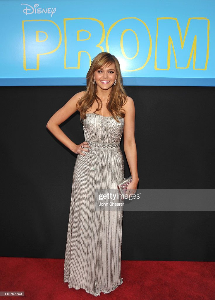 Aimee Teegarden arrives to the 'Prom' World Premiere at the El Capitan Theatre on April 21, 2011 in Hollywood, California.