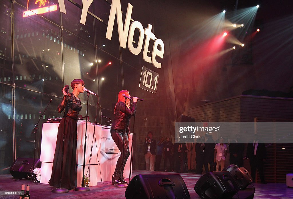 Aino Jawo and Caroline Hjelt of Icona Pop performs at the Samsung Galaxy Note 10.1 launch party at Frederick P. Rose Hall, Jazz at Lincoln Center on August 15, 2012 in New York City.