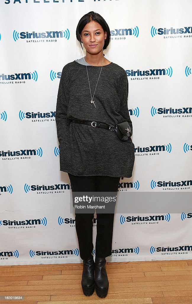 <a gi-track='captionPersonalityLinkClicked' href=/galleries/search?phrase=Aino+Jawo&family=editorial&specificpeople=8670420 ng-click='$event.stopPropagation()'>Aino Jawo</a> of Icona Pop visits SiriusXM Studios on September 27, 2013 in New York City.