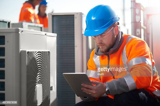 air conditioning maintenance engineer