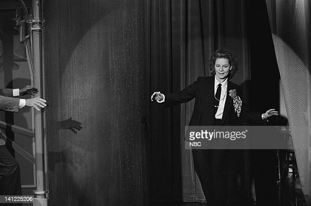 CARSON Air Date Pictured Actress Lauren Bacall host Johnny Carson Photo by Ron Tom/NBCU Photo Bank