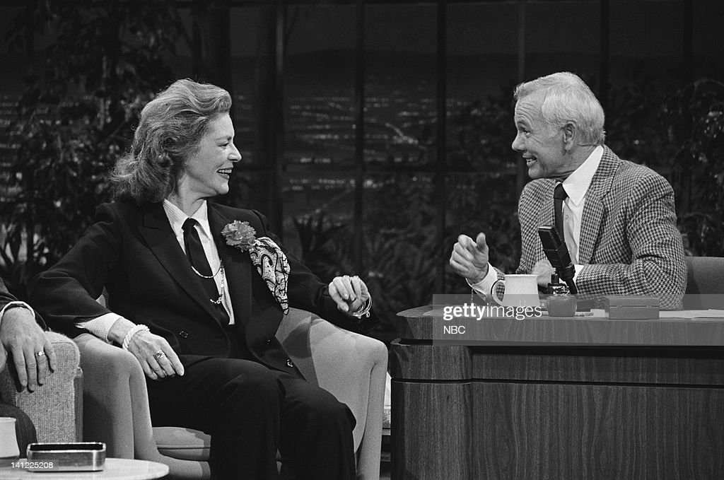 CARSON -- Air Date -- Pictured: (l-r) Actress <a gi-track='captionPersonalityLinkClicked' href=/galleries/search?phrase=Lauren+Bacall&family=editorial&specificpeople=91371 ng-click='$event.stopPropagation()'>Lauren Bacall</a>, host <a gi-track='captionPersonalityLinkClicked' href=/galleries/search?phrase=Johnny+Carson&family=editorial&specificpeople=206990 ng-click='$event.stopPropagation()'>Johnny Carson</a> -- Photo by: Ron Tom/NBCU Photo Bank