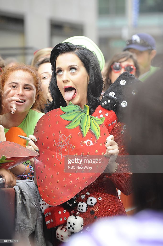 Katy Perry performs on Rockefeller Plaza for the 'Toyota Concert Series' on July 24 2009