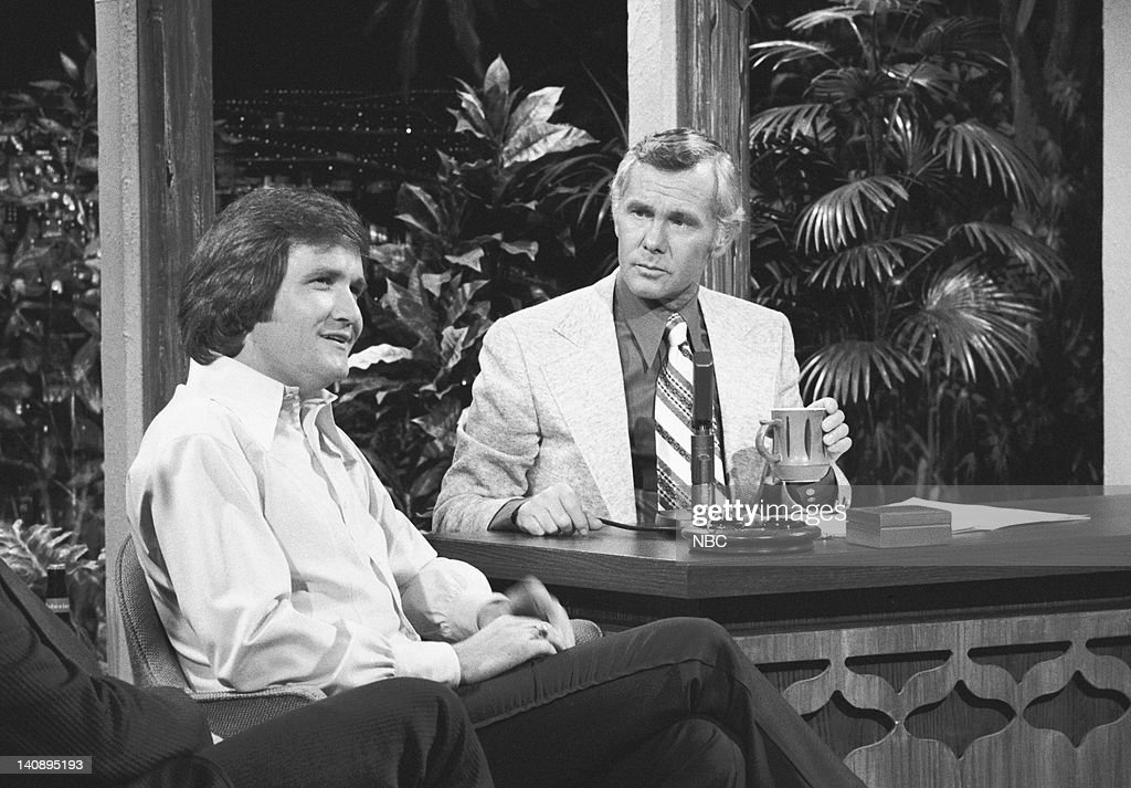 CARSON Air Date Pictured Musical guest Roger Miller during an interview with host Johnny Carson on October 12 1972 Photo by NBCU Photo Bank