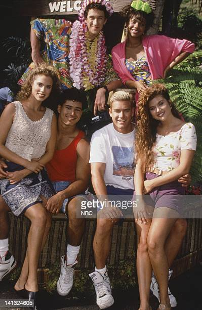 Elizabeth Berkley as Jessie Spano Mario Lopez as AC Slater Dustin Diamond as Screech Powers Lark Voorhies as Lisa Turtle MarkPaul Gosselaar as Zack...