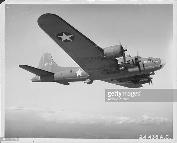 B 17 Flying Fortress Stock Photos and Pictures | Getty Images