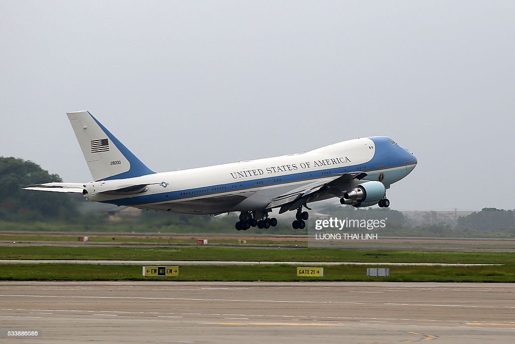 Air Force One carrying US President Barack Obama departs from Noi Bai international airport in Hanoi on May 24, 2016, headed for Ho Chi Minh City in the south. US President Barack Obama told communist Vietnam on May 24 that basic human rights would not jeopardise its stability, in an impassioned appeal for the one-party state to abandon authoritarianism. / AFP / POOL / LUONG