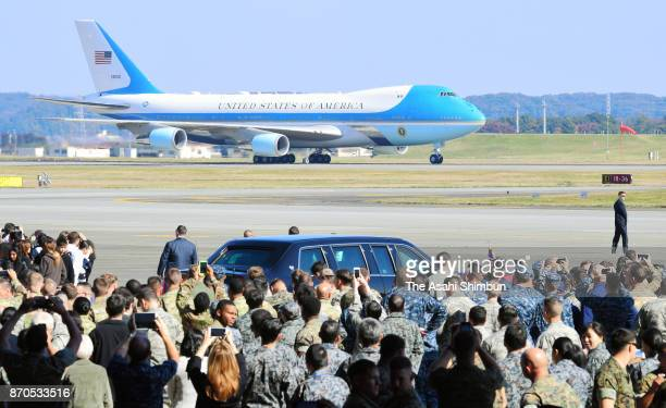 Air Force One carrying US President Donald Trump and his wife Melania lands at Yokota Air Base on November 5 2017 in Fussa Tokyo Japan Trump is on...