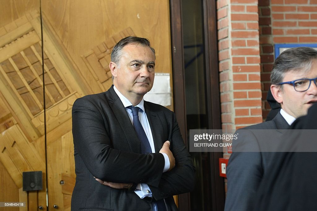 Air France's director of Legal Affairs Franck Raimbault looks on the court of Bobigny, northern Paris on May 27, 2016 during the trial of 15 French CGT union's members judged for the episode of the torn shirt, in full showdown initiated by the union with the government on labor law. On October 5, 2015 under the cries of naked, naked and resignation , the Air France human resources director found himself shirtless, tattered shirt during a protest after the announcement of a restructuring of the airline threatening nearly 3,000 jobs.