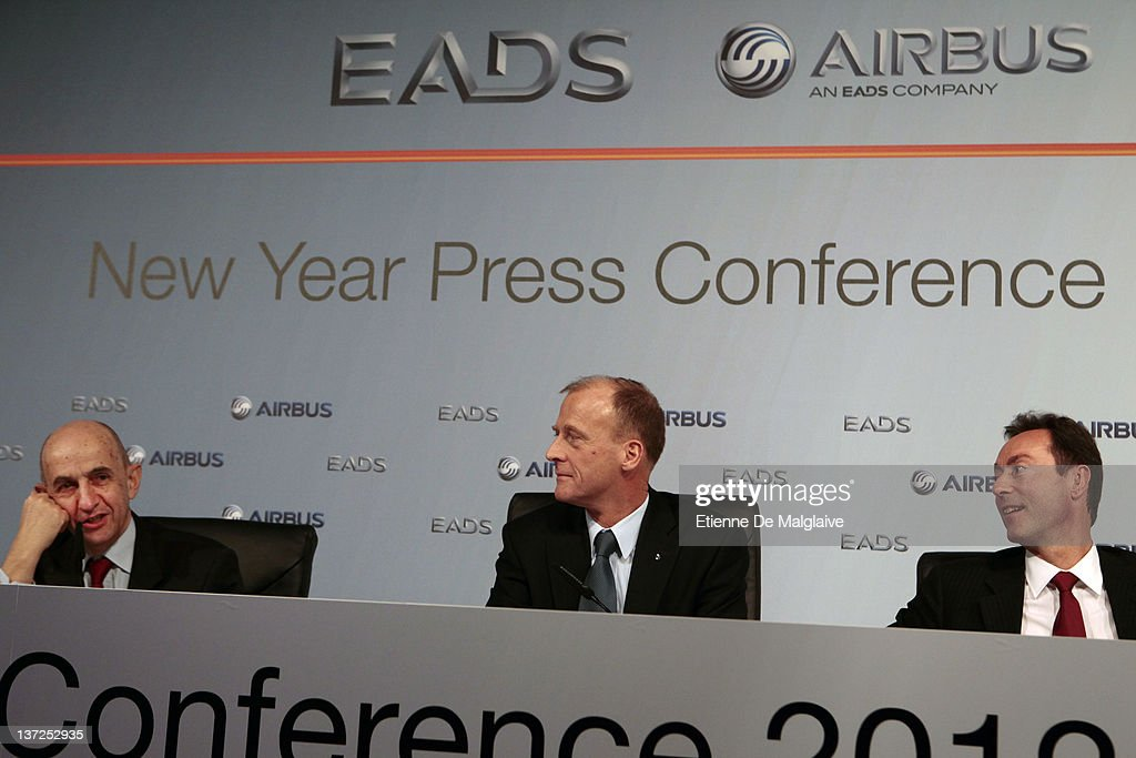 Airbus CEO <a gi-track='captionPersonalityLinkClicked' href=/galleries/search?phrase=Louis+Gallois&family=editorial&specificpeople=752096 ng-click='$event.stopPropagation()'>Louis Gallois</a>, EADS CEO Tom Enders and Airbus COO <a gi-track='captionPersonalityLinkClicked' href=/galleries/search?phrase=Fabrice+Bregier&family=editorial&specificpeople=2129650 ng-click='$event.stopPropagation()'>Fabrice Bregier</a> attend the EADS Airbus new year press conference on January 17, 2012 in Hamburg, Germany. Airbus, a unit of European Aeronautic, Defence & Space Co., delivered a record 534 planes, ahead of budget, and predicted deliveries will rise to 570 aircraft in 2012.