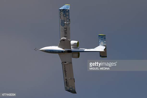Airbus electric aircraft the Efan 1 performs during the International Paris Airshow at Le Bourget on June 17 2015 AFP PHOTO/MIGUEL MEDINA