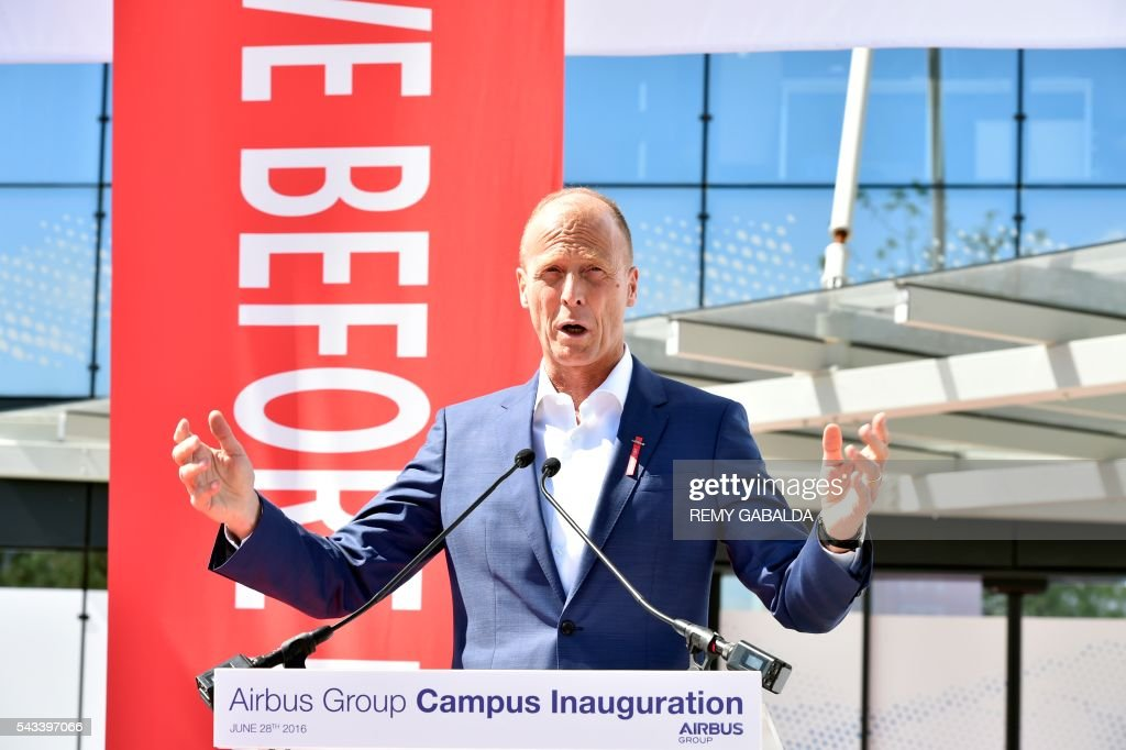 Airbus Group CEO Tom Enders delivers a speech during the inauguration of the new headquarters of Airbus Group on June 28, 2016 in Blagnac, on the outskirts of Toulouse. President / AFP / Rémy GABALDA