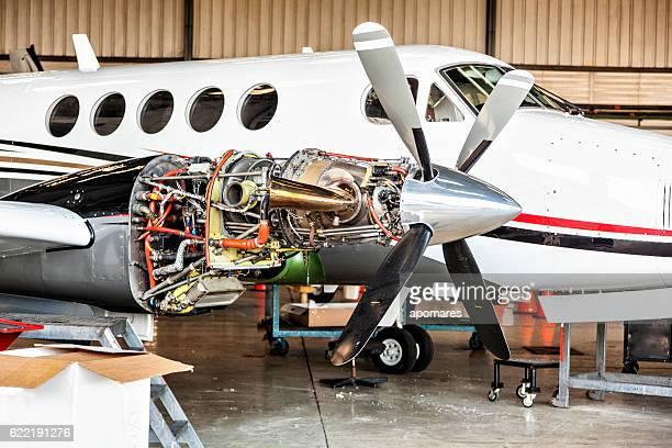 Aircraft Motor Wartungsarbeiten geschlossen