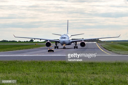 Aircraft taxiing : Stock Photo