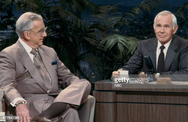 Cohost Ed McMahon with host Johnny Carson Photo by Wendy Perl/NBCU Photo Bank via Getty Images