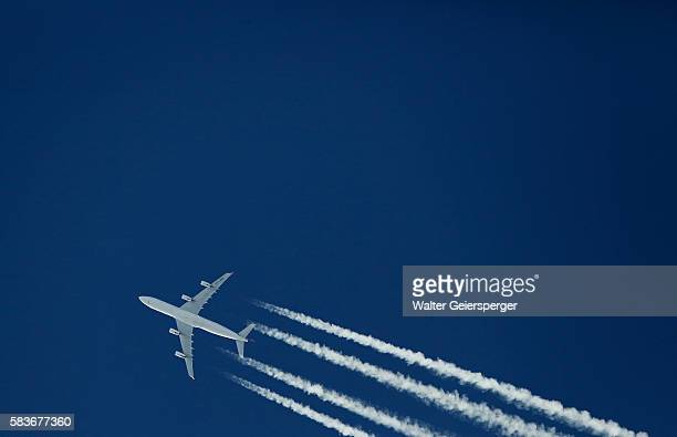 Airliner (Airbus A340)